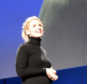 Elizabeth_Gilbert,_author_of_'Eat_Pray_Love',_at_TED,_on_'Amusing_Muses'
